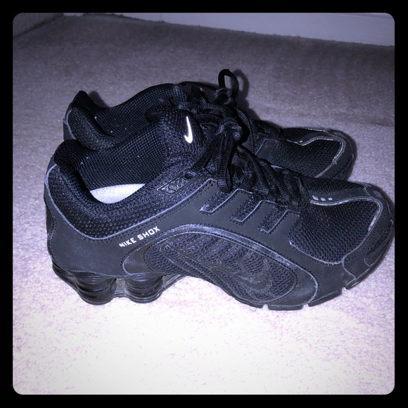 eda7bbfd6b66 Women s Nike Shox